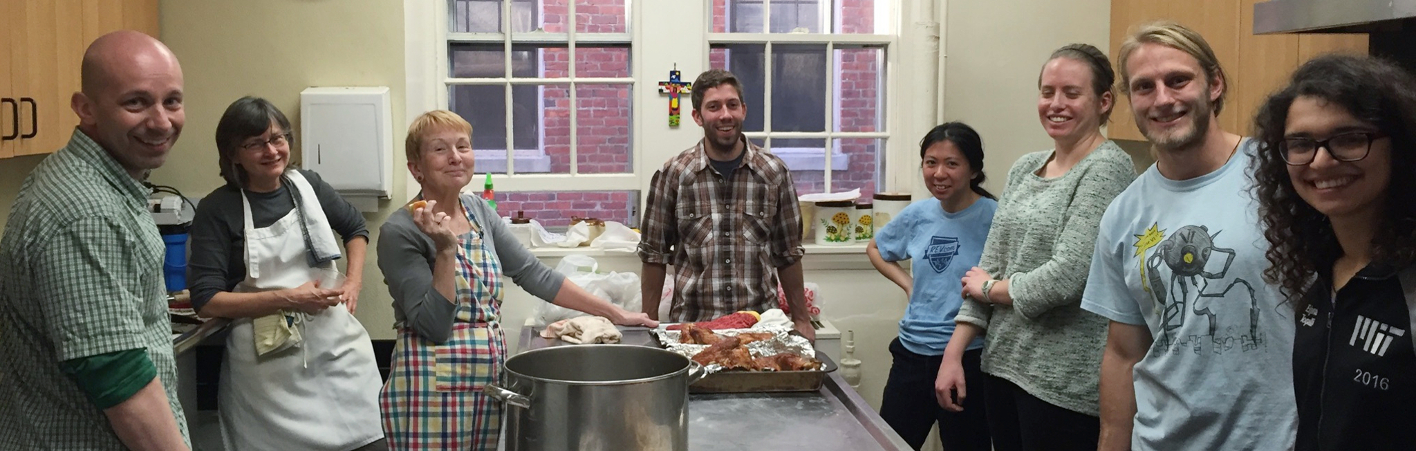 Photograph of a CommonCare volunteers in the kitchen of Saint Peter's Episcopal Church